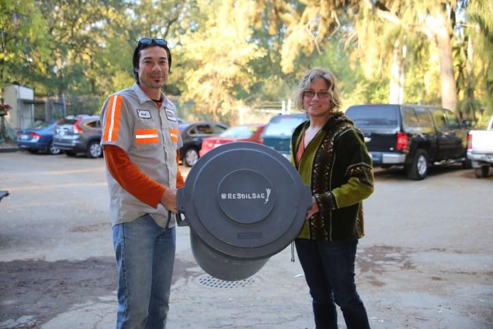 ReSoil's David Baker and Dana Andrak's weekly visit. Photo by April Johnson
