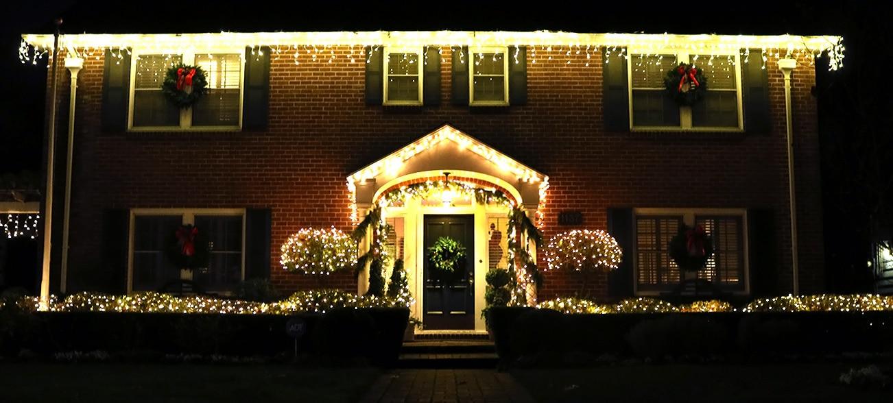 The Fab Forties on Christmas Display (Photo Gallery) via @sacramentopress