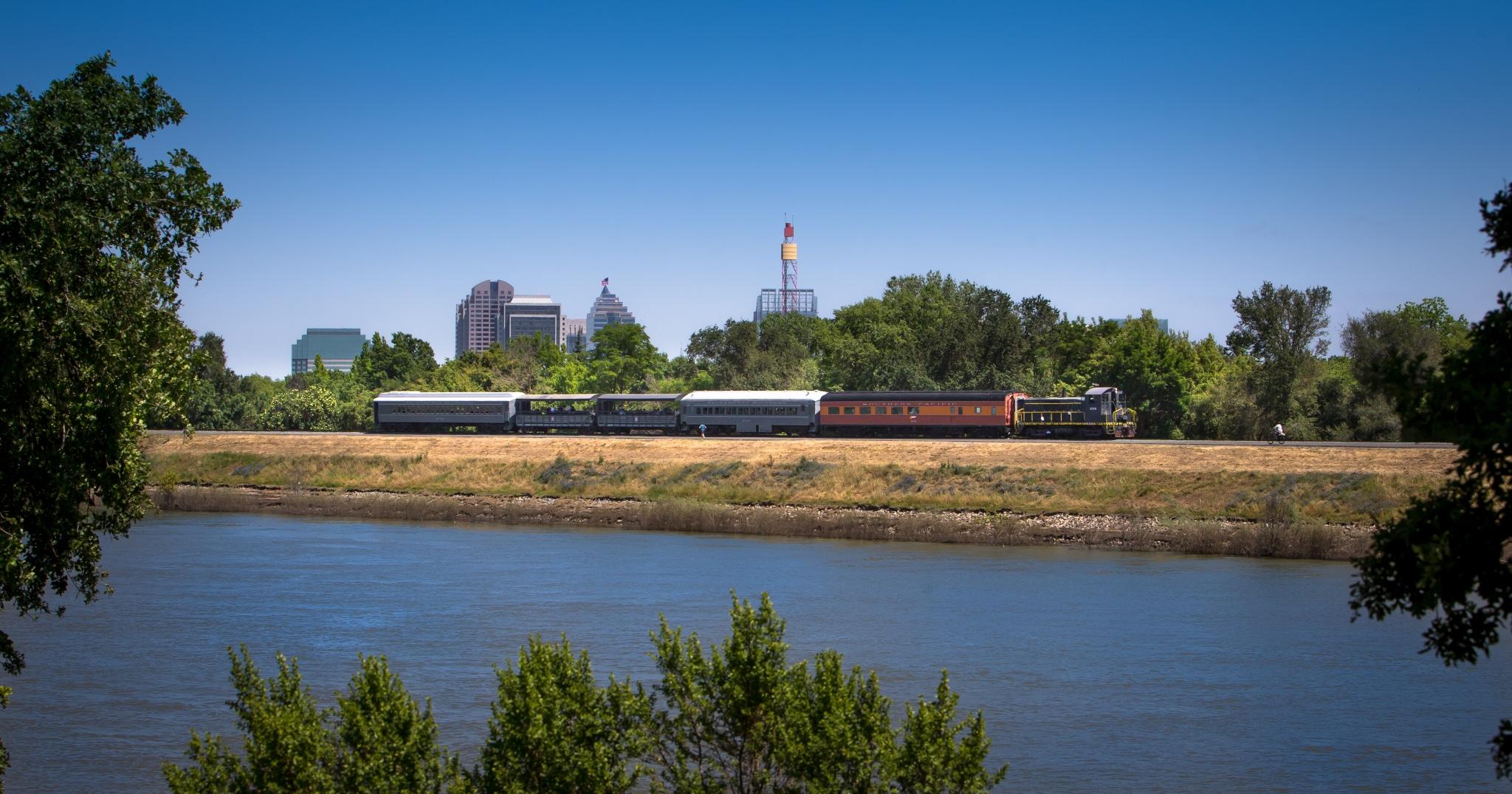 Weekend Excursion Train Rides Resume on the Sacramento Southern Railroad via @sacramentopress
