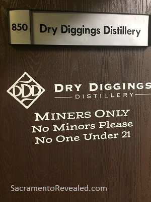 Photo of Dry Diggins Signage
