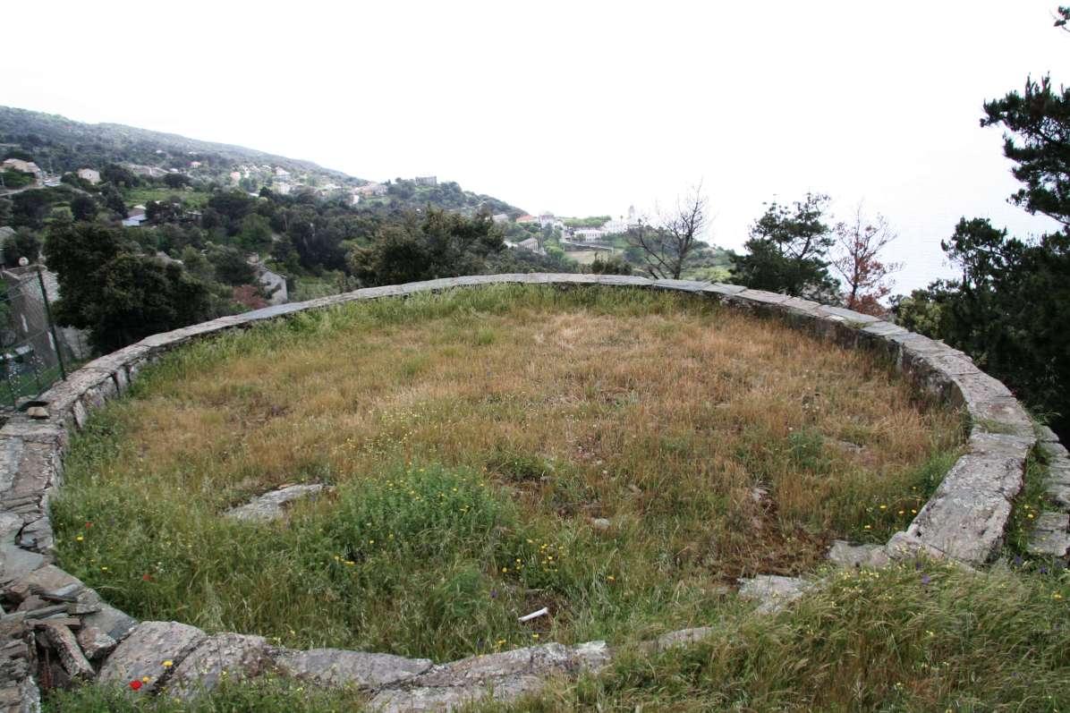 Sacré Cap Corse - Aire au hameau de Solaru à Canari