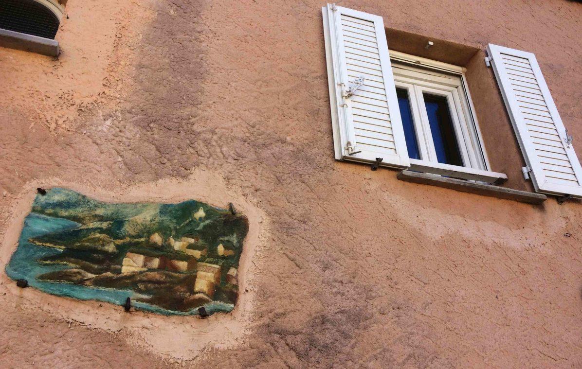 Sacré Cap Corse - Mur d'une maison à Meria