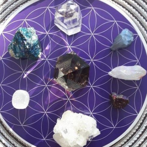flower of life chakra crystal grids