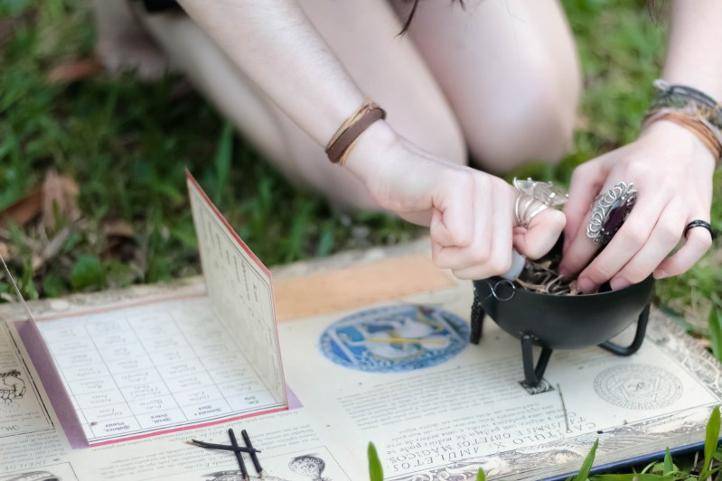learn wicca and witchcraft for beginners
