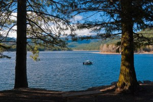 Mount Shasta and Lake Siskiyou - Mount Shasta Spiritual Retreat