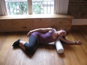 Latissimus Dorsi Roll-out with Foam Roller - Releases teres minor, posterior rotator cuff, subscapularis, infraspinatus, serratus anterior