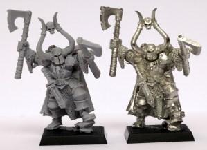 metal vs plastic miniatures