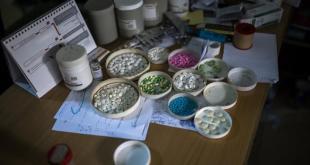 أدوية للهروب من الواقع في سورية