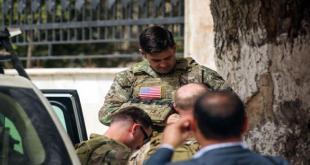 جندي أميركي في مدينة منبج (دليل سليمان/فرانس برس)