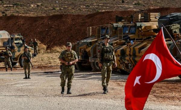 الجيش التركي يرسل تعزيزات جديدة إلى إدلب