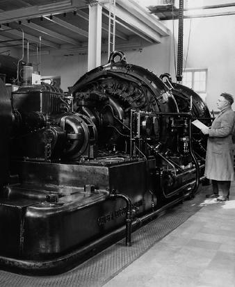 Alexanderson alternator at Grimeton