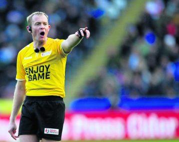 International Series - England v New Zealand - Kcom Stadium, Hull, England - Referee Robert Hicks