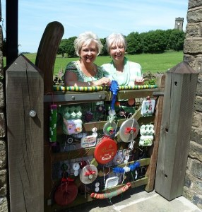 RUNNERS UP: Dorothy and Lesley with Lid-gate
