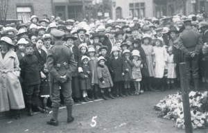 OS-MM-W.W.1-Unveiling Memorial Uppermill-Sq-03