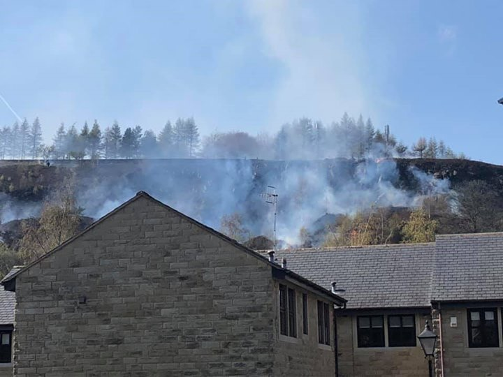 Den Lane Ladcastle Road Fire (3)