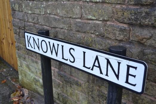 Knowls Lane road sign