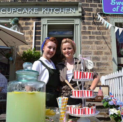 Lucy Ireland and Katie Oldham at the Vintage Cupcake Kitchen