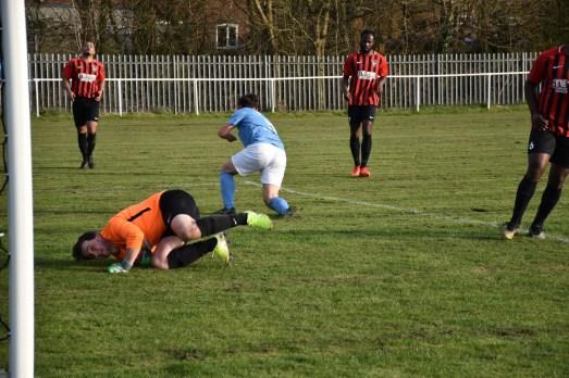 Springhead FC v Denton Town FC (4)
