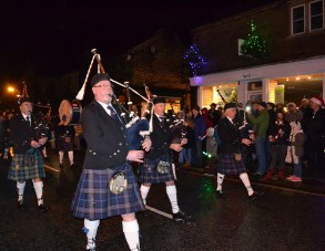 Oldham Scottish Pipe Band play in Delph