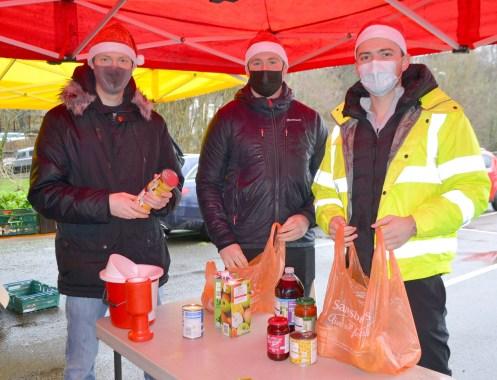 foodbank RT and Foodbank volunteers