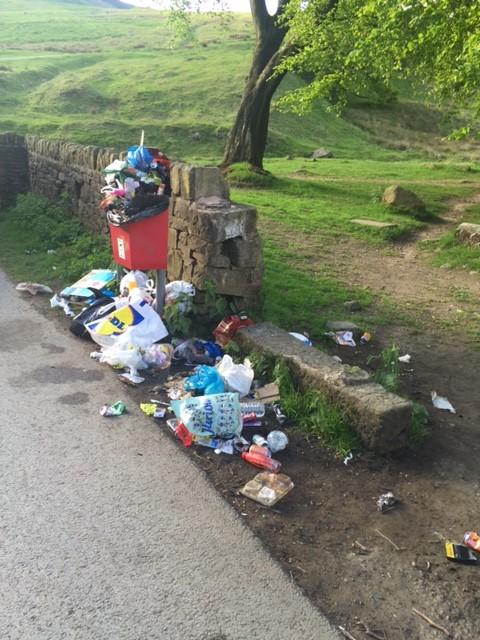 Rubbish at Dovestones