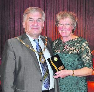 p4 volunteer awards bill cullen and jenny begley smaller