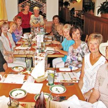 Members of the SaddleBrooke Line Dance Club enjoyed dinner at the Olive Garden on November 10.