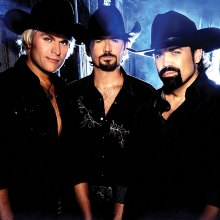 The Texas Tenors are three friends with a dream.