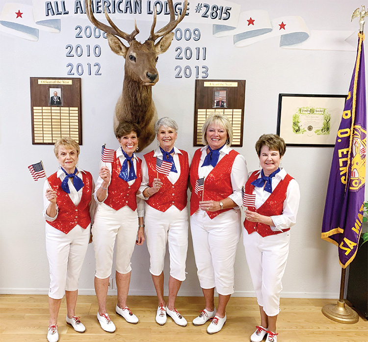 Coyote Country Cloggers and Catalina Mountain Elks Lodge members who participated in the ceremony.