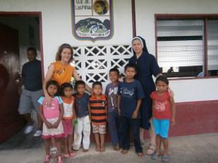 Voluntarias en proyecto de verano