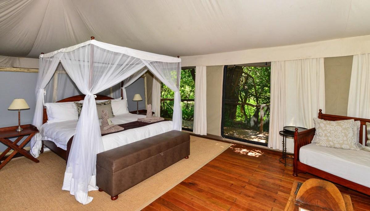Kanga Camp - Mana Pools National Park
