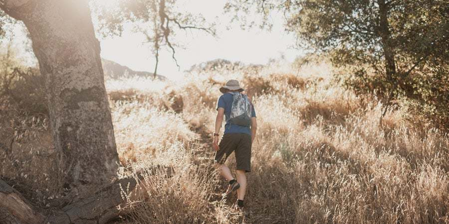 Choose light and loose clothes for summer camping