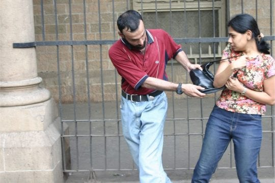 Women's self defence move