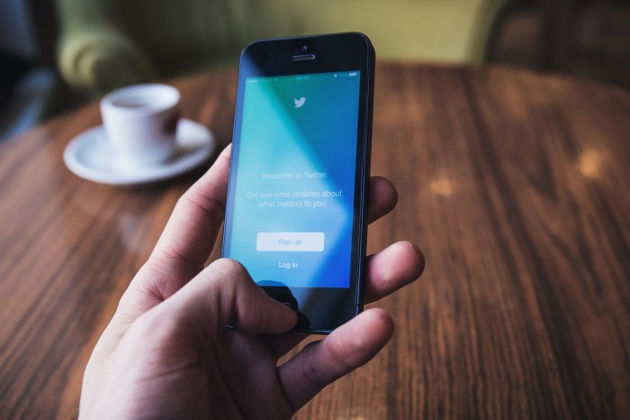 Use Twitter's New Tools to Protect Your Kids from Trolls