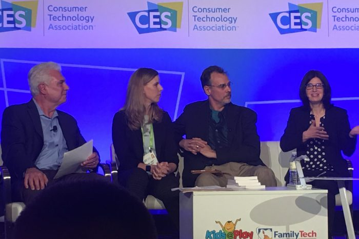 CES2018: Experts Say Parents Should Play WITH Their Kids More