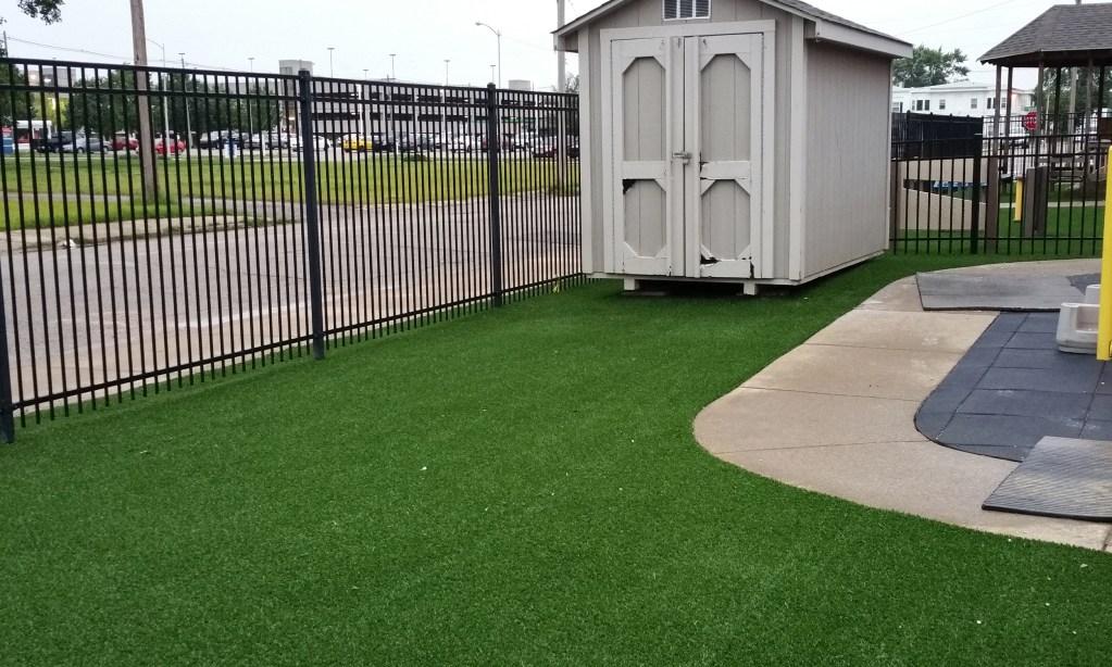Safe4play-turf-fake-grass-installation_6
