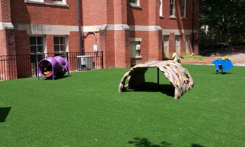 Safe4play-turf-fake-grass-installation_7