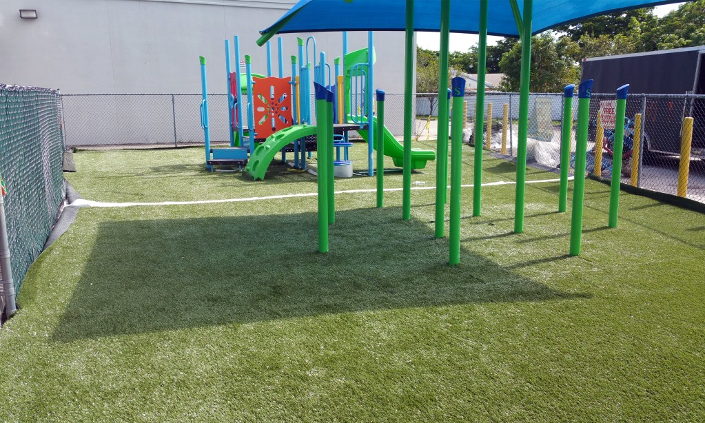 Synthetic Grass Turf Installation - Safe4Play