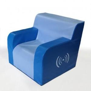 SINGLE ARMCHAIR Sit down and enjoy the vibration on this chair with armrests Compatible with SHX System