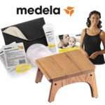 Medela Celebrates World Breastfeeding Week (Giveaway!)