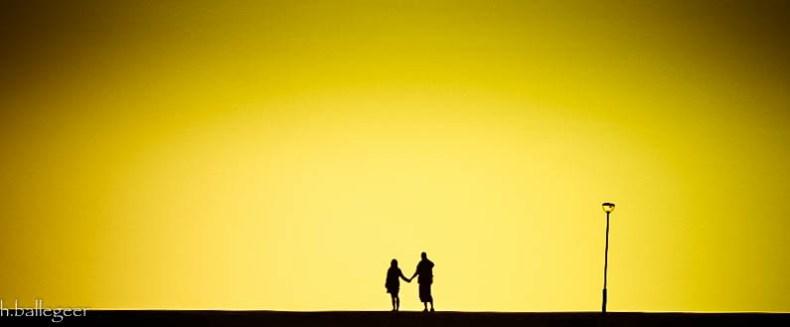 Schatten bei Sonnenuntergang