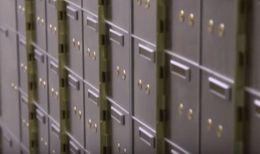 safe deposit box bank (9)
