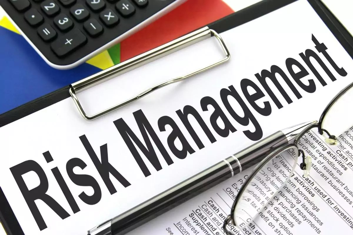How To Minimize The Risks Of Losing Money When Trading