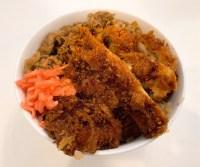 珍丼亭の神戸カツ牛丼