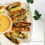 zucchini fritters / fries