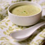 Creamy green pea and mint soup