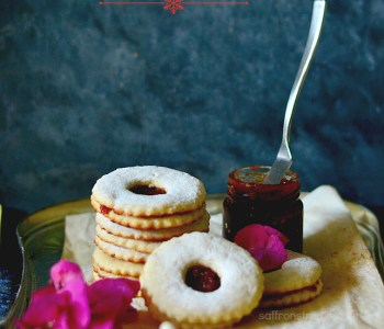 almond linzer cookies recipe