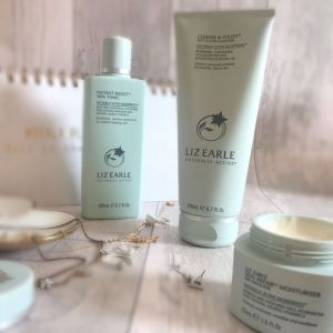 Liz Earle Your Daily Routine with Skin Repair™