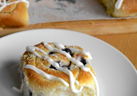 Bleuberry rolls with coconut