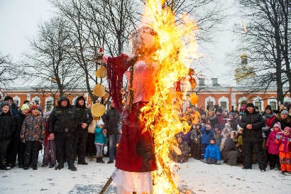 Maslenitsa at Peter and Paul Fortress